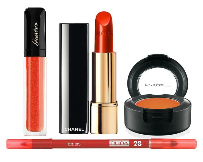 Блеск для губ Guerlain Maxi Shine в оттенке Tangerine Vlam, помада Chanel Rouge Allure Excentrique, карандаш для губ Pupa True Lips в оттенке Orange, тени для век M.A.C в оттенке Red Brick