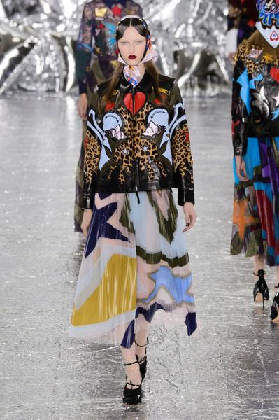 Самые красивые образы Недели моды в Лондоне | галерея [1] фото [52]