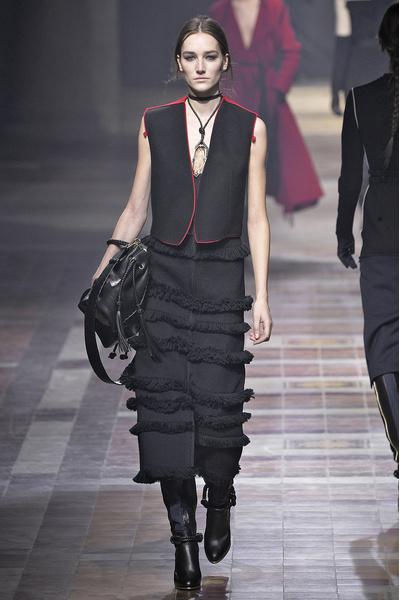 Показ Lanvin на неделе моды в Париже | галерея [1] фото [17]