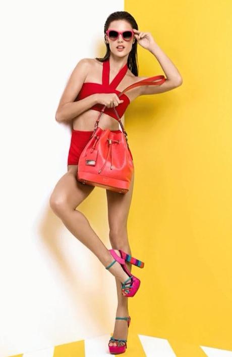 Алессандра Амбросио в рекламной кампании Schutz
