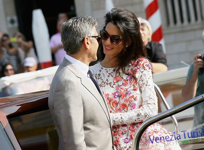 В Италии законодательно запретили приближаться к дому Амаль и Джорджа Клуни