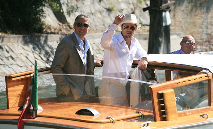 Джордж Клуни и Брэд Питт фото