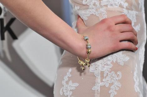 В СВОИХ РУКАХ: Как правильно носить браслеты | галерея [1] фото [9]