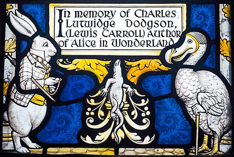 Выставка в честь 150-летия «Алисы в стране чудес» | галерея [1] фото [3]