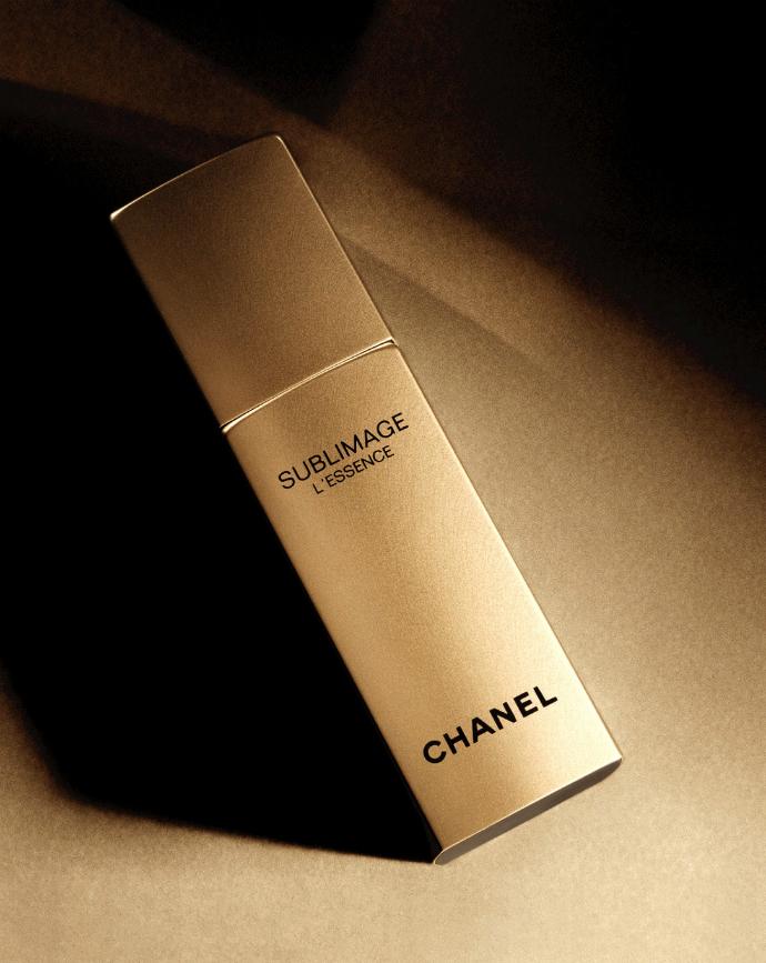 Сыворотка Sublimage L'Essence, Chanel