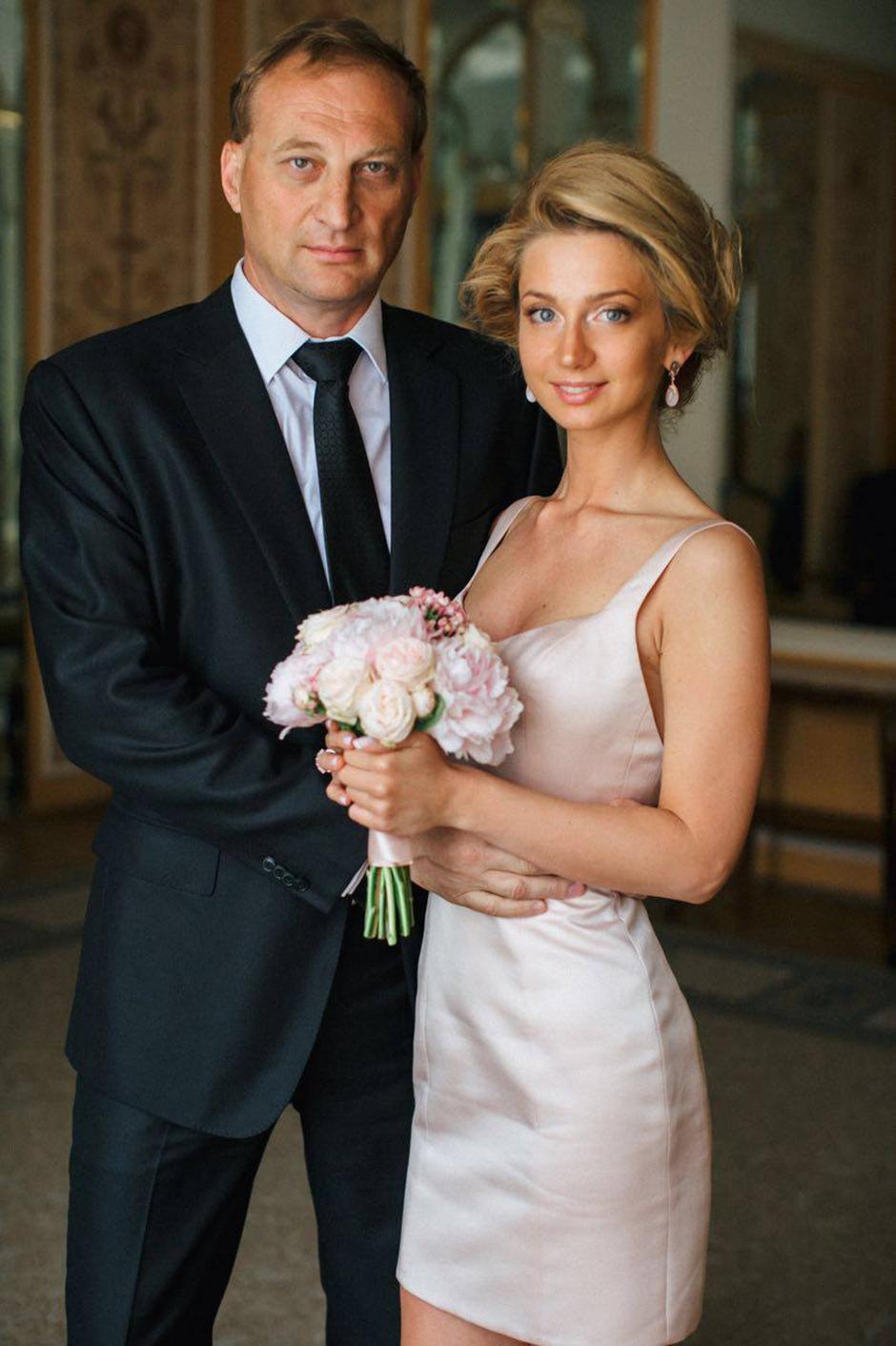 Один из богатейших людей России Леонид Казинец женился
