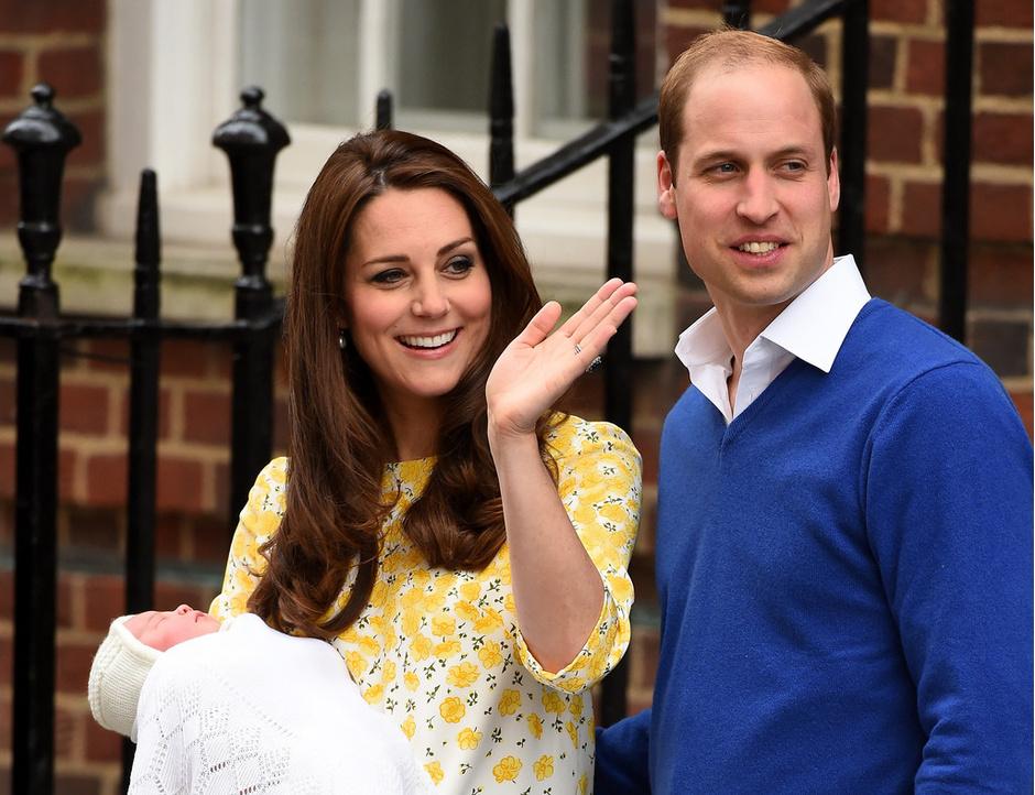 Кейт Миддлтон и принц Уильям с новорожденной Шарлоттой