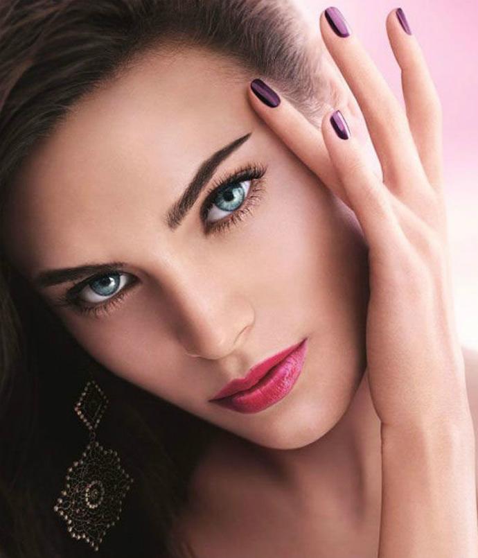 Giorgio Armani представил весеннюю коллекцию макияжа