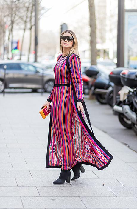 7. Платье в полоску