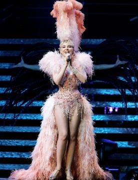 Кайли Миноуг недовольна своими сценическими костюмами