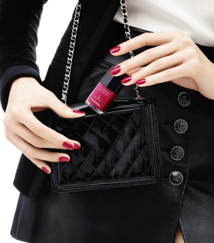 Лак для ногтей Rouge №19 от Chanel