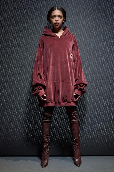 Yeezy Season 5: что нужно знать о новой коллекции Канье Уэста | галерея [1] фото [12]