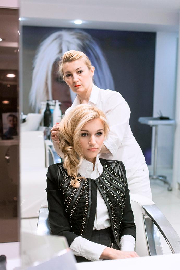 В лучшем цвете: Женя Малахова оценила эффект hair-контуринга в салоне Jean Louis David