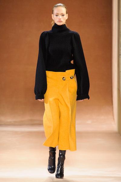 Показ Victoria Beckham на Неделе моды в Нью-Йорке | галерея [1] фото [23]