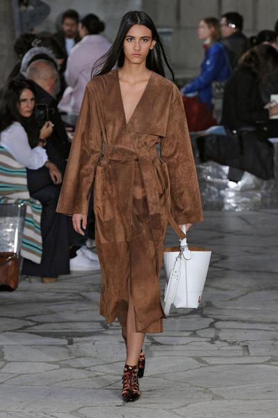 Неделя моды в Париже: день четвертый | галерея [1] фото [4]