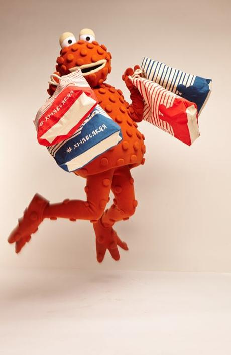 жаба Жанна Б. выпускает коллекцию одежды
