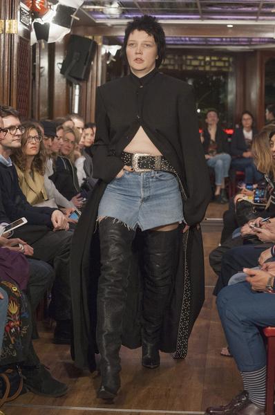 Неделя моды в Париже: день третий | галерея [4] фото [3]