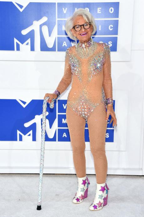 Бадди Винкл на MTV VMA, 2016 год