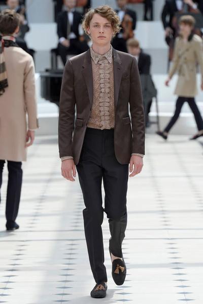 Показ Burberry Prorsum на Неделе мужской моды в Лондоне | галерея [2] фото [17]