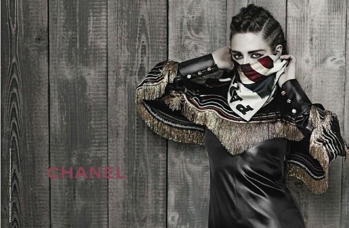 Кристен Стюарт в рекламной кампании коллекции Metiers d'Art Paris-Dallas