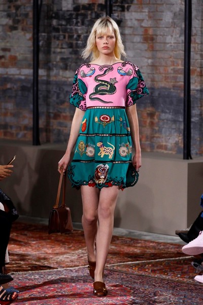 Дом Gucci представил новую круизную коллекцию 2016 | галерея [2] фото [5]