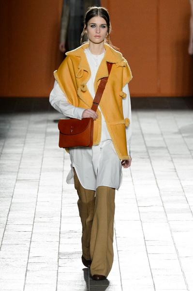 Неделя моды в Лондоне: 22 февраля | галерея [3] фото [7]