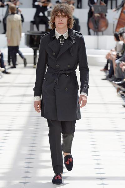 Показ Burberry Prorsum на Неделе мужской моды в Лондоне | галерея [2] фото [18]