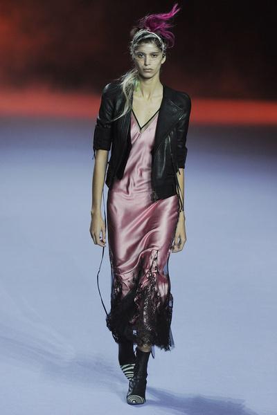 Неделя моды в Париже: день пятый | галерея [1] фото [3]