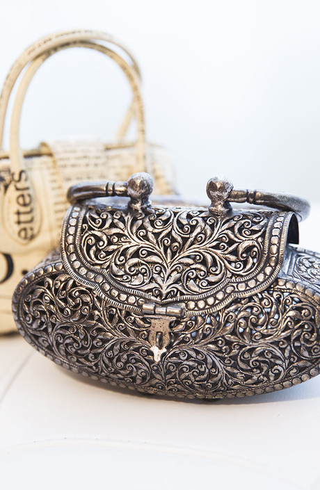 John Galliano; винтажная сумка из Марокко