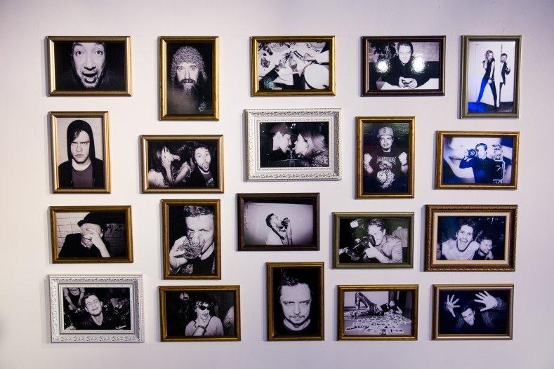 сегодня ночью: в «цветном» открылась фотовыставка тимофея колесникова