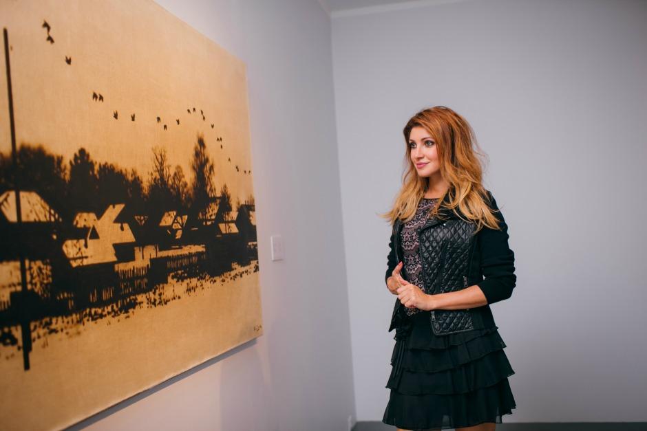 Знаменитости посетили закрытый показ выставки Рината Волигамси