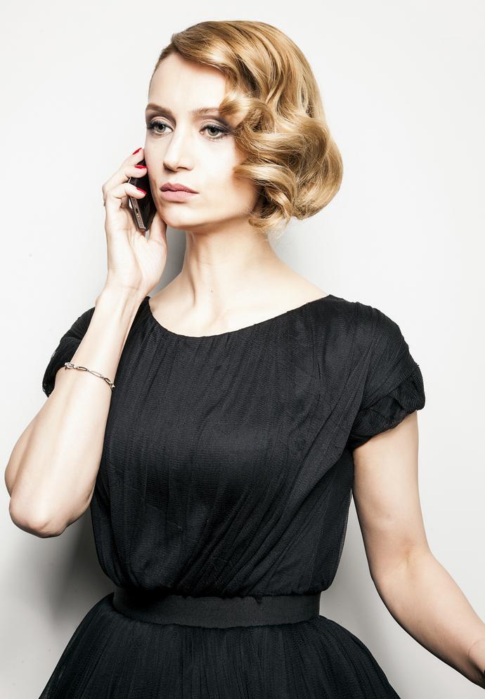 Повторяем образ актрисы Виктории Исаковой