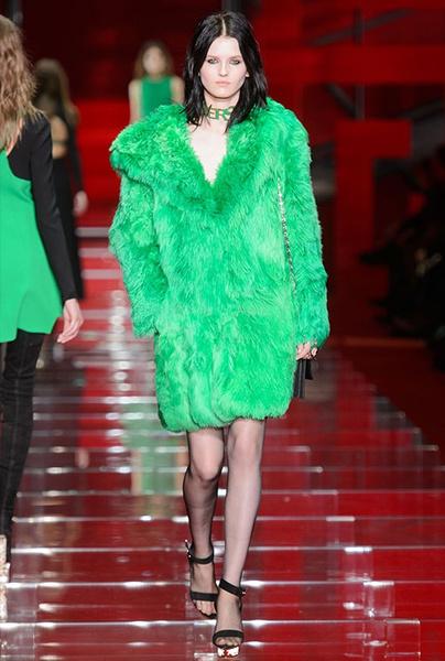 Показ Versace на Неделе моды в Милане | галерея [1] фото [22]