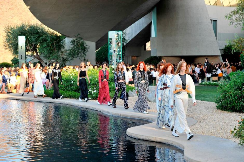 Показ Louis Vuitton в Калифорнии