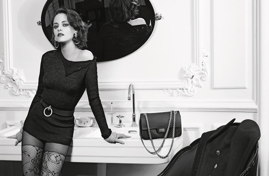 Кристен Стюарт в новой рекламной кампании Chanel Paris in Rome