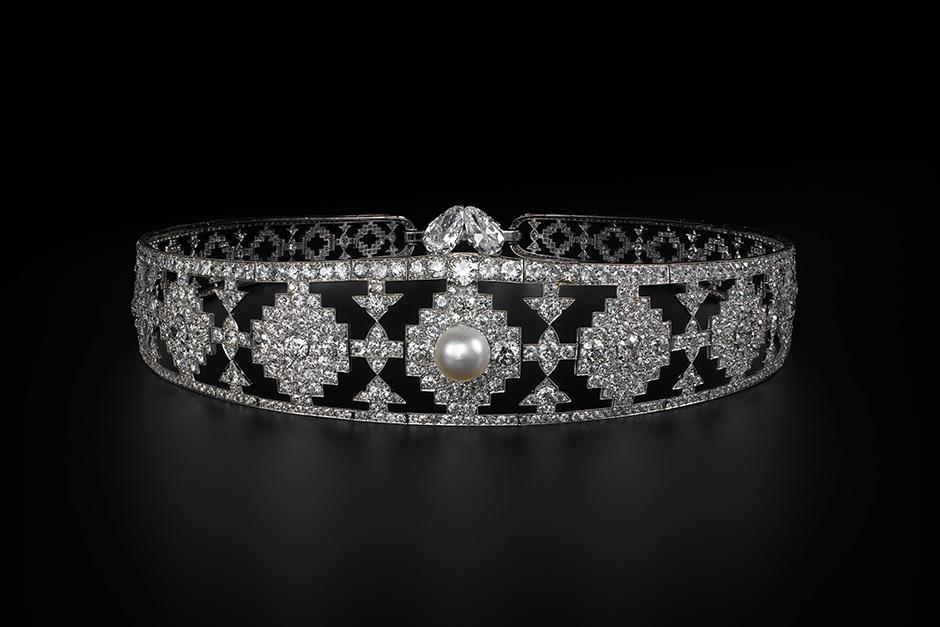 Бандо, Cartier