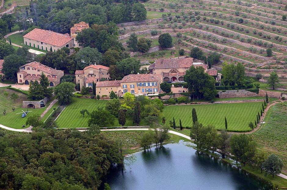 Замок Мираваль, Франция