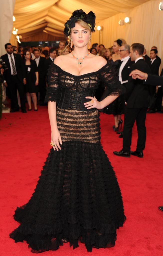 Кейт Аптон в Dolce&Gabbana