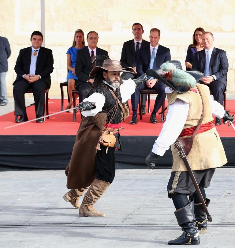 Принц Уильям посетил Мальту вместо Кейт Миддлтон