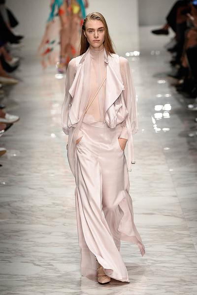 Неделя моды в Милане: день третий   галерея [1] фото [3]
