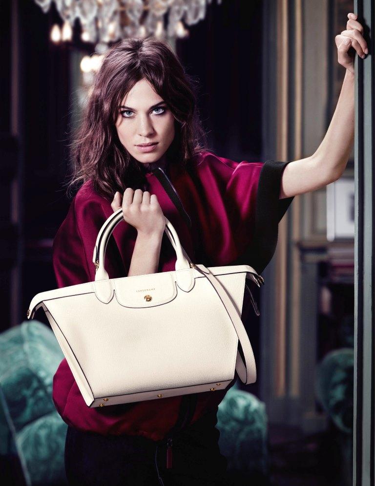 Алекса Чанг снова стала лицом бренда Longchamp