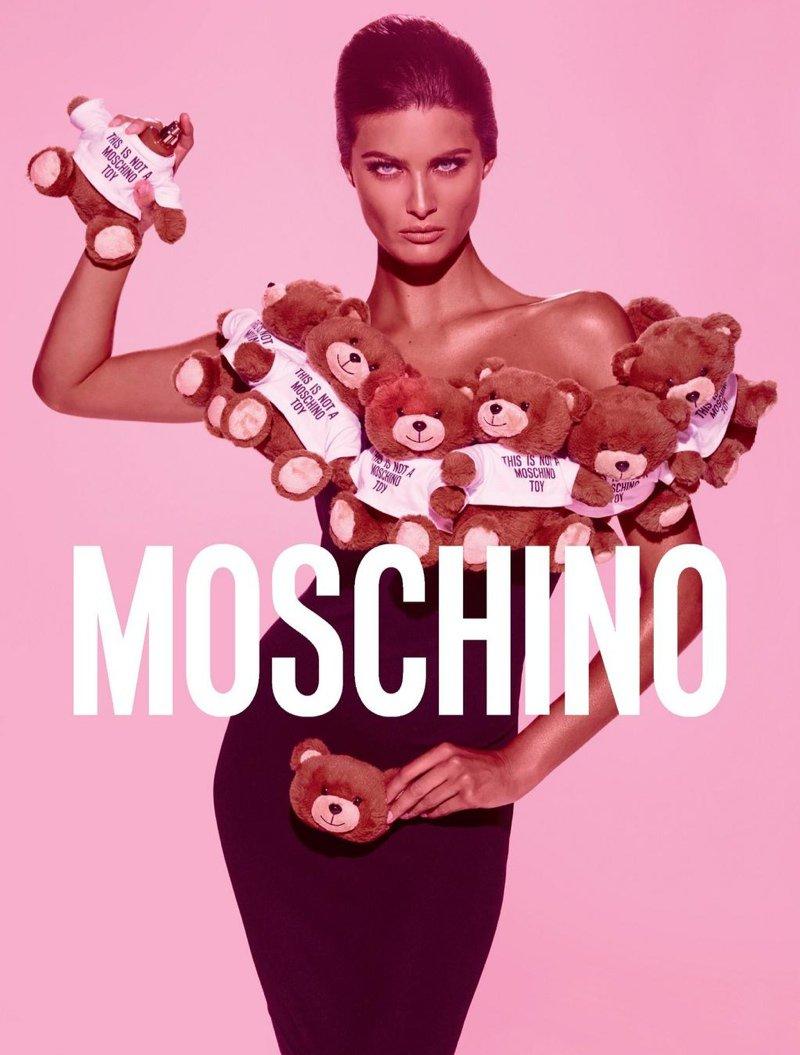 Рекламная кампания аромата Toy от Moschino