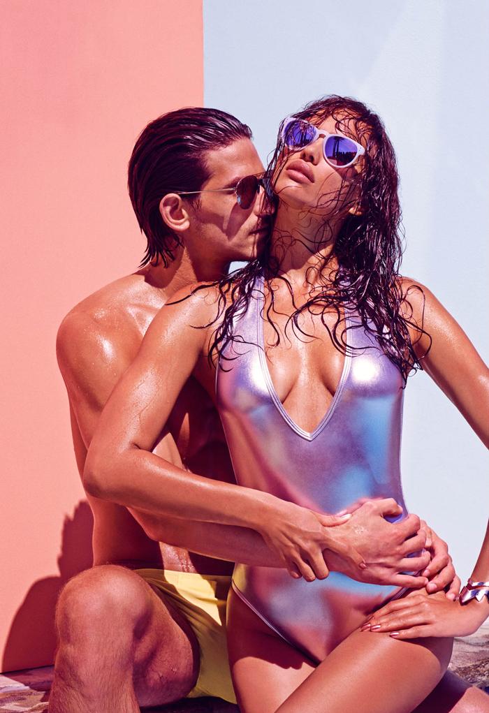 Ирина Шейк в купальнике: фото