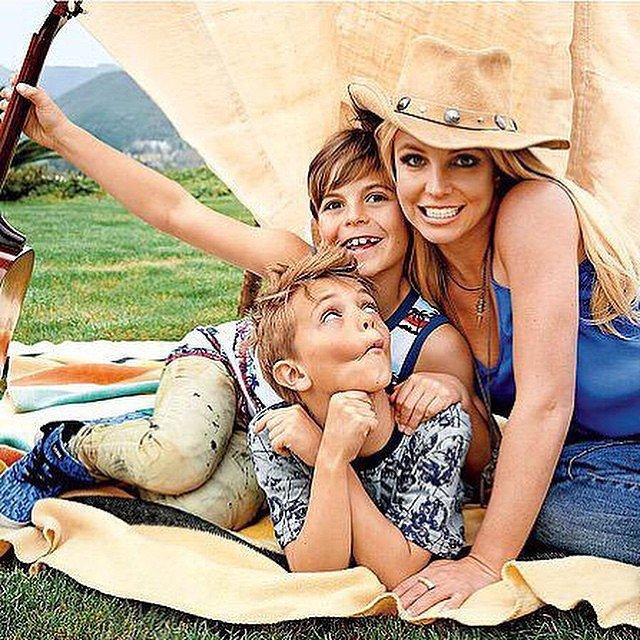 Бритни Спирс с детьми: фото