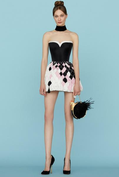 Ульяна Сергеенко представила новую коллекцию на Неделе высокой моды в Париже | галерея [1] фото [27]