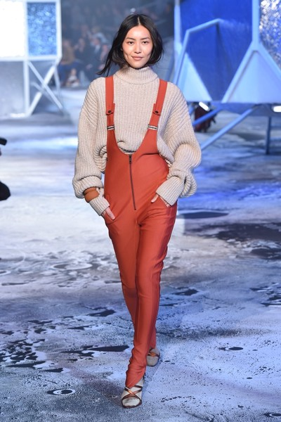 Показ H&M Studio на Неделе моды в Париже | галерея [2] фото [13]