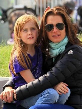 Брук Шилдс с дочкой