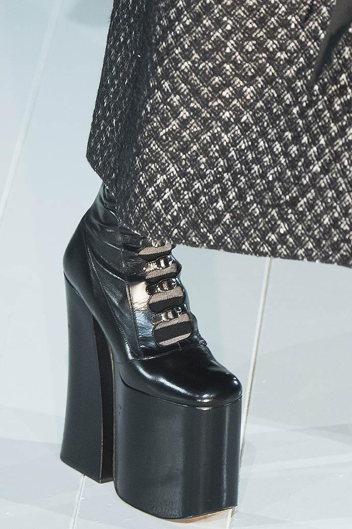 10 самых красивых пар обуви с мировых Недель моды