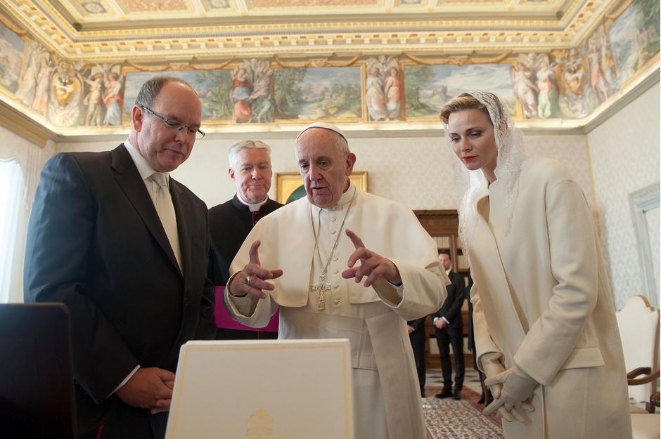 Князь Альбер, Папа Римский Франциск и принцесса Шарлин