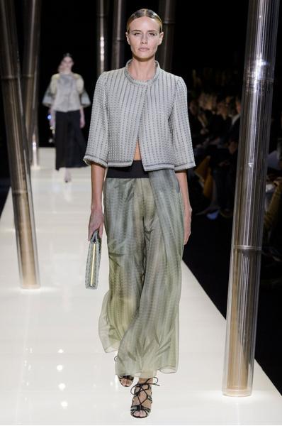На Неделе высокой моды в Париже прошел юбилейный показ Giorgio Armani Prive | галерея [1] фото [25]